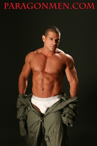 paragon-men-enrique-zunel-nude-muscle-bodybuilder