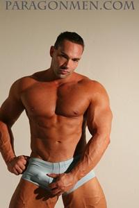 paragon-men-hayden-taggert-nude-muscle-bodybuilder