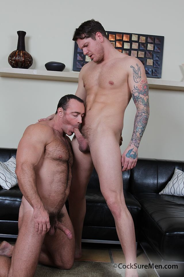 Brad-Kalvo-&-Parker-London-002-Ripped-Muscle-Bodybuilder-Strips-Naked-and-Strokes-His-Big-Hard-Cock-for-at-Cocksure-Men-photo