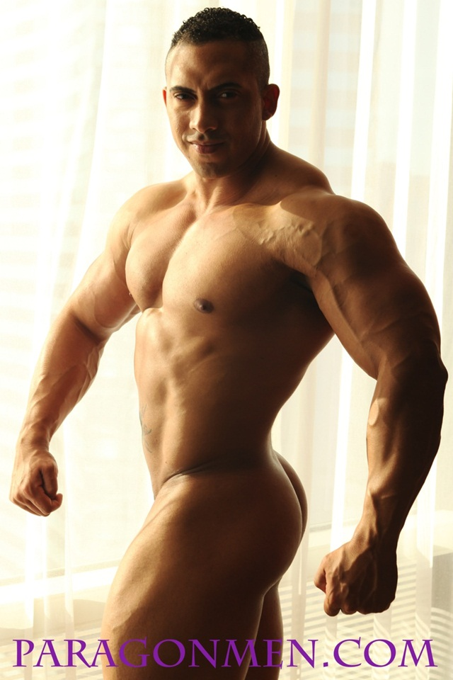 Full Frontal Nude Bodybuilder Hector from Paragon Men 02 Ripped Muscle Bodybuilder Strips Naked and Strokes His Big Hard Cock photo1 - Hector now in full frontal nude at Paragon Men