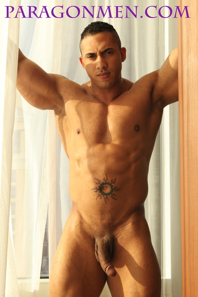 Full Frontal Nude Bodybuilder Hector from Paragon Men 03 Ripped Muscle Bodybuilder Strips Naked and Strokes His Big Hard Cock photo1 - Hector now in full frontal nude at Paragon Men
