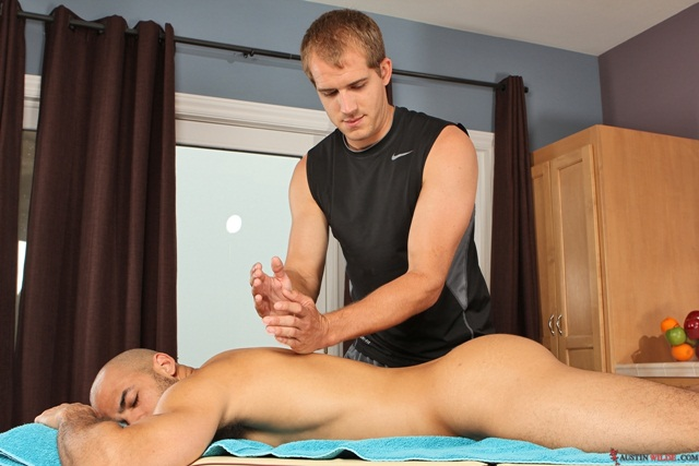 Flip flop fuck massage Austin Wilde and Brandon Lewis massage sexploits 01 Ripped Muscle Bodybuilder Strips Naked and Strokes His Big Hard Cock torrent photo1 - Flip flop fuck massage Austin Wilde and Brandon Lewis massage sexploits