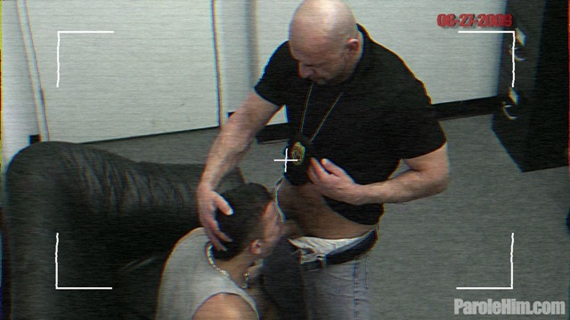 Caught-on-camera-25-year-old-Rafeal-Mendoza-forced-sex-with-Police-Officers-01-Ripped-Muscle-Bodybuilder-Strips-Naked-and-Strokes-His-Big-Hard-Cock-torrent-photo