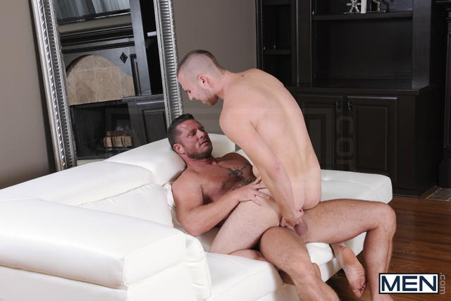 Drill My Hole Hot peeping tom Atticus Benson gets busted by Charlie Harding now hes fucked 06 Ripped Muscle Bodybuilder Strips Naked and Strokes His Big Hard Cock torrent photo1 - Drill My Hole - Hot peeping tom Atticus Benson gets busted by Charlie Harding now he's fucked