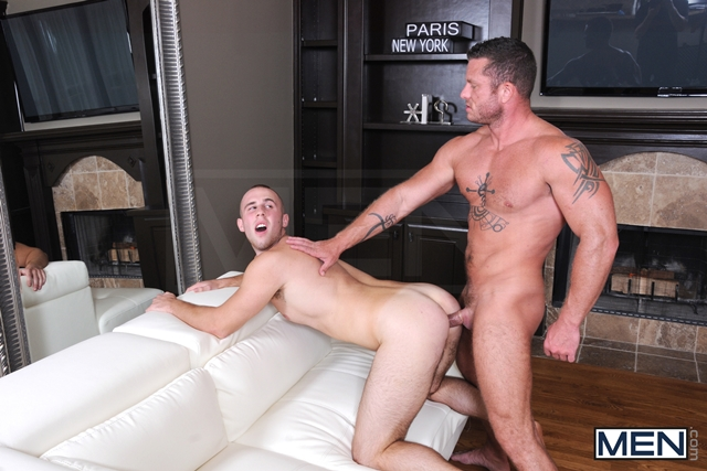 Drill My Hole Hot peeping tom Atticus Benson gets busted by Charlie Harding now hes fucked 08 Ripped Muscle Bodybuilder Strips Naked and Strokes His Big Hard Cock torrent photo1 - Drill My Hole - Hot peeping tom Atticus Benson gets busted by Charlie Harding now he's fucked