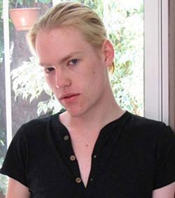 Gay-amateur-real-amateur-guys-Chris-photo