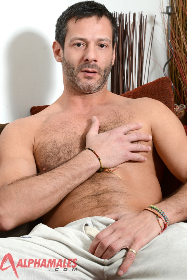 Hairy hunk Antonio Garcia AlphaMales 01 gay porn movies download torrent photo - Hairy hunk Antonio Garcia at AlphaMales