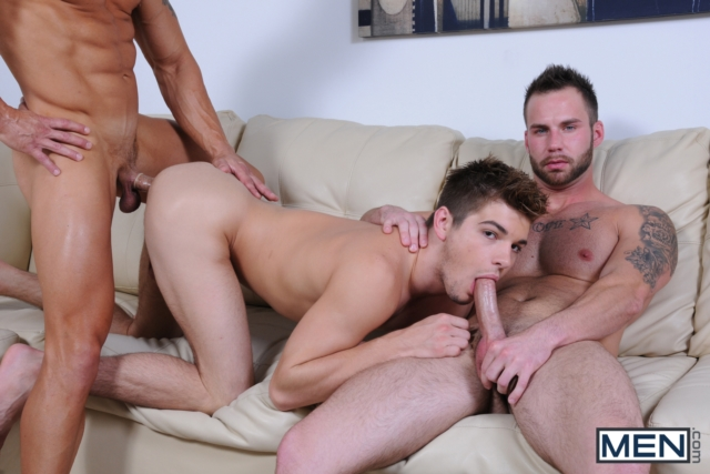 Chris-Bines-and-Johnny-Rapid-Men-com-Gay-Porn-Star-hung-jocks-muscle-hunks-naked-muscled-guys-ass-fuck-group-orgy-09-gallery-video-photo
