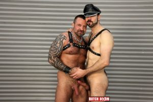 Dolan Wolf and Marc Angelo Butch Dixon hairy men gay bears muscle cubs daddy older guys subs mature male sex porn 02 gallery video photo 300x200 - Spencer Reed and Randall O'Reilly
