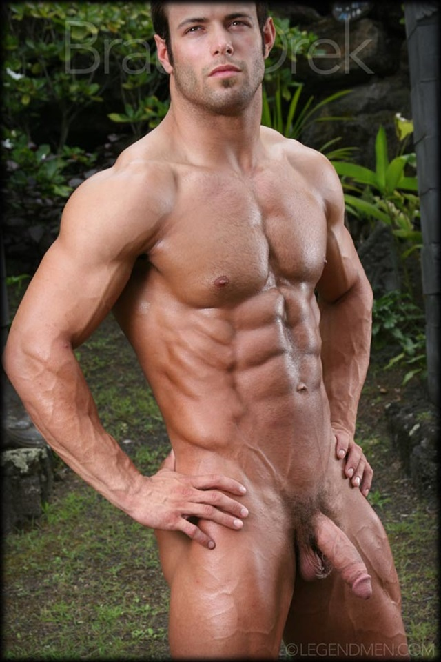 Braun-Drek-Legend-Men-Gay-Porn-Stars-Muscle-Men-naked-bodybuilder-nude-bodybuilders-big-muscle-huge-cock-001-gallery-video-photo