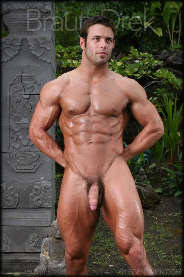 Braun-Drek-Legend-Men-Gay-Porn-Stars-Muscle-Men-naked-bodybuilder-nude-bodybuilders-big-muscle-huge-cock-011-gallery-video-photo