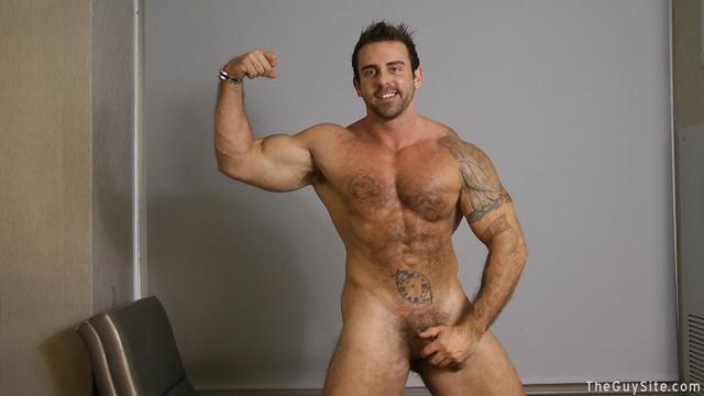 Guy Site Muscle hunk bear Xavier big muscles dark fur tattooed stud masturbates tattoos 001 male tube red tube gallery photo - Xavier