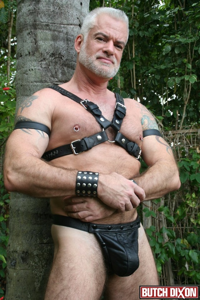 Jake-Marshall-Butch-Dixon-hairy-men-gay-bears-muscle-cubs-daddy-older-guys-subs-mature-male-sex-porn-005-red-tube-gallery-photo