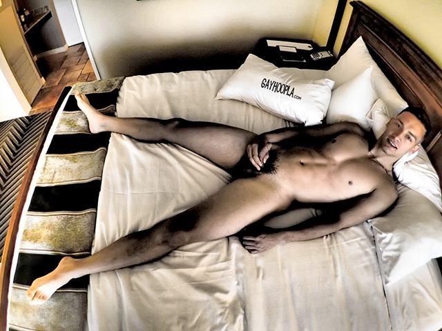 Gay-Hoopla-GayHoopla-young-fresh-faced-18-year-old-Thomas-Diaz-college-football-wank-morning-wood-sweaty-010-male-tube-red-tube-gallery-photo