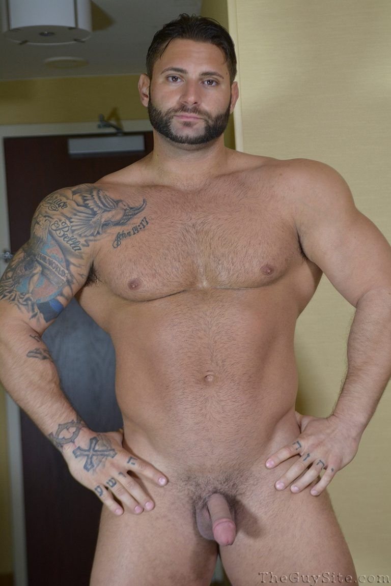 TheGuySite Mike Buffalari naked bodybuilding 29 years old big muscle hunk bigger beefier V Shaped torso huge thighs shape 002 tube download torrent gallery photo 768x1152 - Mike Buffalari