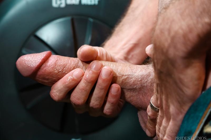ExtraBigDicks-Brett-Bradley-cottaging-sexy-rough-stud-strokes-feet-huge-dick-bathroom-stall-toilet-sex-edge-cums-004-tube-download-torrent-gallery-sexpics-photo