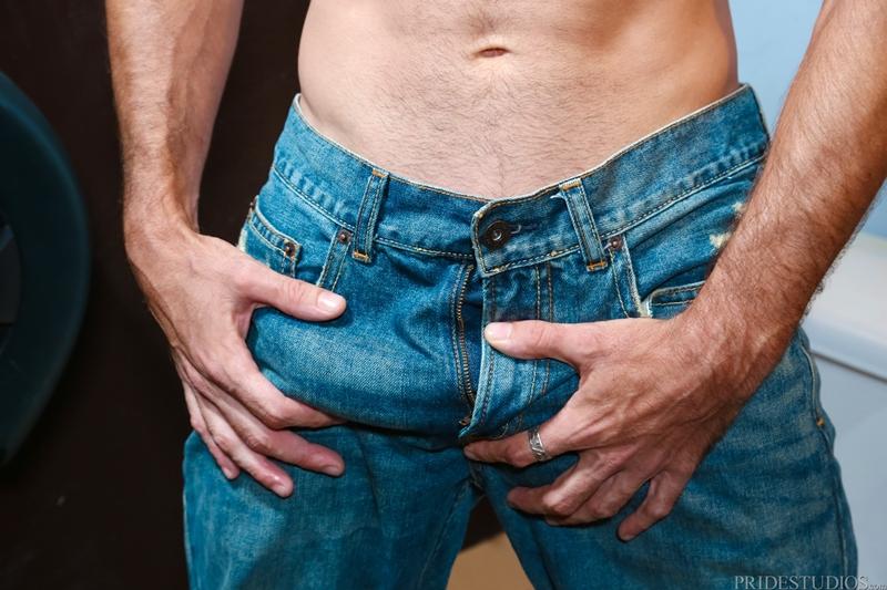 ExtraBigDicks-Brett-Bradley-cottaging-sexy-rough-stud-strokes-feet-huge-dick-bathroom-stall-toilet-sex-edge-cums-008-tube-download-torrent-gallery-sexpics-photo