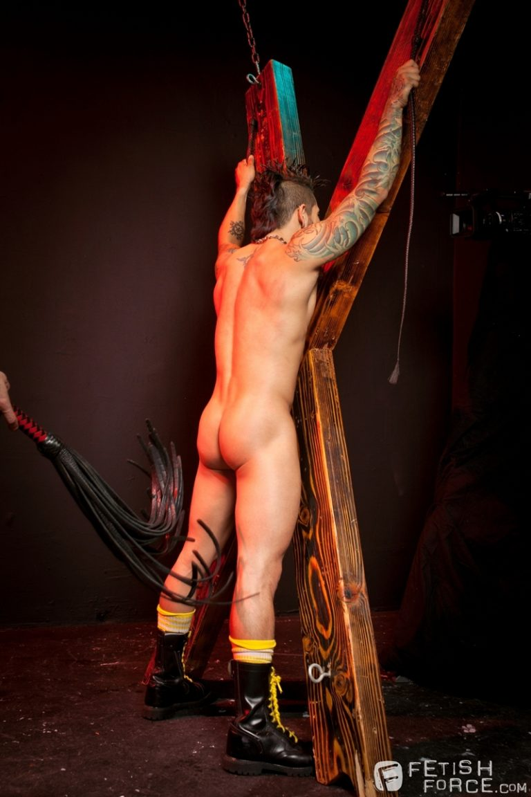 FistingCentral Tony Buff dark room Draven Torres St Andrews cross taskmaster Mohawk muscle flogging raised welts 002 tube download torrent gallery sexpics photo 768x1152 - Tony Buff and Draven Torres