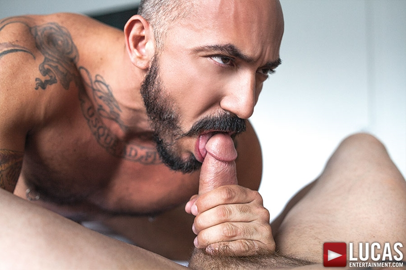 LucasEntertainment Alessio Romero muscle bear big raw cock bare fucking bottom stud Drew Sumrok fucked bareback 009 tube video gay porn gallery sexpics photo - Alessio Romero pounds Drew Sumrok