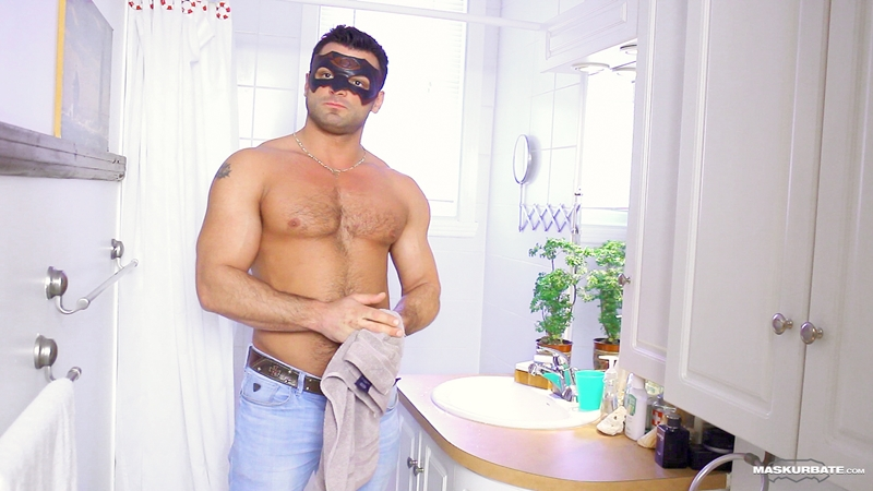Maskurbate Jeremy Facebook Straight construction worker hockey player bisexual men sucked fucked sexy guy 001 tube video gay porn gallery sexpics photo - Straight construction guy Jeremy jerks off his big cock in a mask
