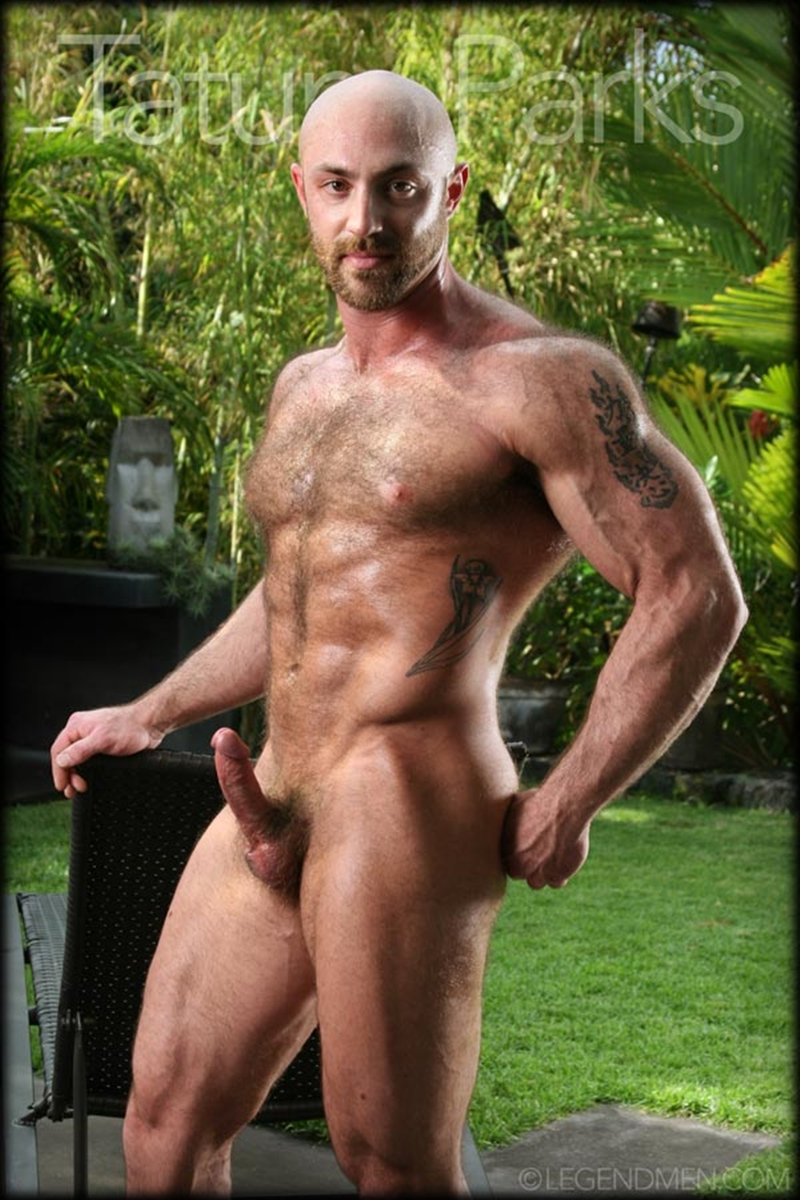 LegendMen big muscle naked bodybuilder Tatum Parks muscle men hairy chested v shaped ripped abs fucker top man huge muscle dick 002 gay porn video porno nude movies pics porn star sex photo - Hairy big muscle bodybuilder Tatum Parks jerks out a huge cum load