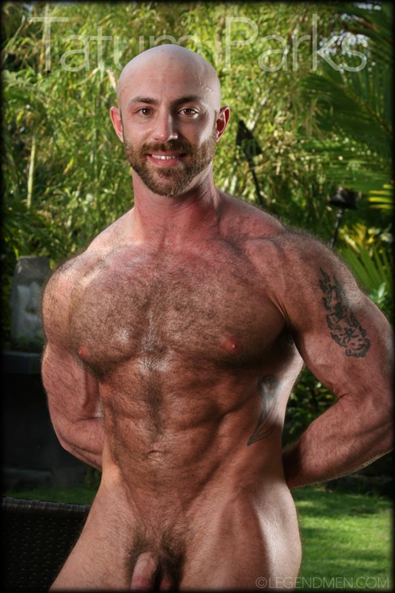 LegendMen big muscle naked bodybuilder Tatum Parks muscle men hairy chested v shaped ripped abs fucker top man huge muscle dick 011 gay porn video porno nude movies pics porn star sex photo - Hairy big muscle bodybuilder Tatum Parks jerks out a huge cum load