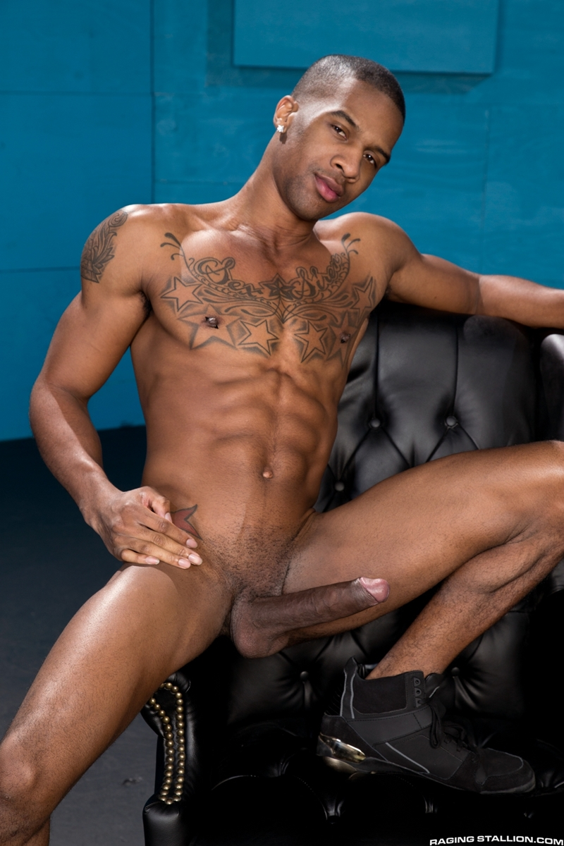 black-clip-hunk-man-nude-video-sex-with