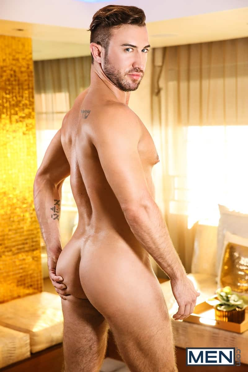 Men for Men Blog Diego-Sans-Grant-Ryan-Dark-sexy-muscle-hunk-fucks-hot-bubble-butt-ass-Men-008-gay-porn-pics-gallery Dark and sexy muscle hunk Diego Sans fucks Grant Ryan hot bubble butt ass Men