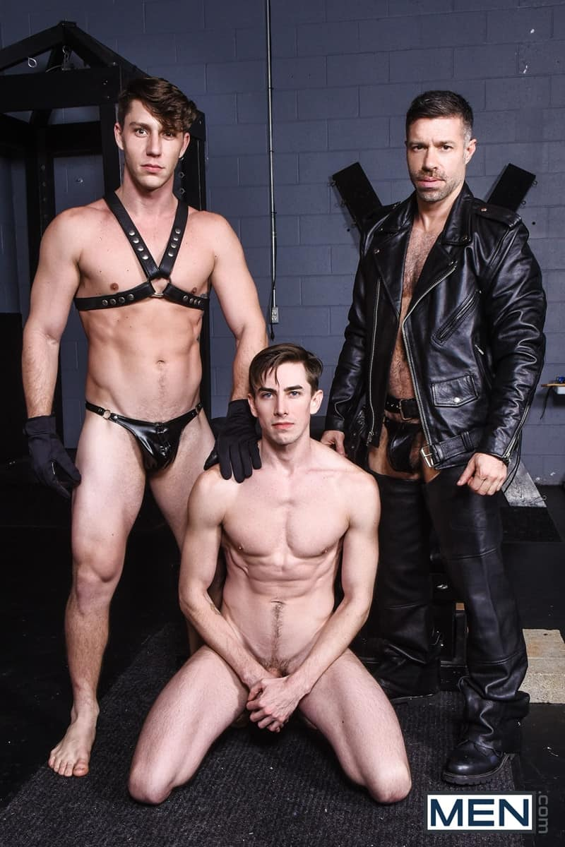 Men for Men Blog Gay-Porn-Pics-006-Tristan-Jaxx-Jack-Hunter-Paul-Canon-Hardcore-leather-big-dick-fucking-orgy-Men Hardcore leather big dick fucking orgy with Tristan Jaxx , Jack Hunter and Paul Canon Men
