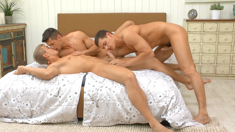 Men for Men Blog Gay-Porn-Pics-001-Hot-hardcore-gay-barebacking-threesome-Jean-Daniel-Tom-Pollock-Rhys-Jagger-orgasm-big-dick-orgy-BelamiOnline Hot hardcore gay barebacking threesome Jean-Daniel, Tom Pollock and Rhys Jagger orgasmic big dick orgy Belami