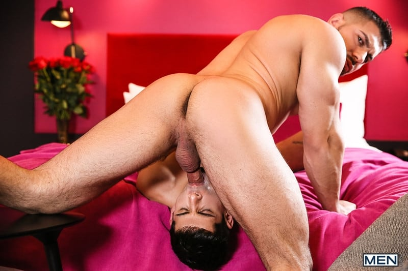 Gay Porn Pics 010 Damien Stone Ty Mitchell Hot muscle stud fucks smooth hottie big thick large cock Men - Hot muscle stud Damien Stone fucks smooth hottie Ty Mitchell with his big juicy cock