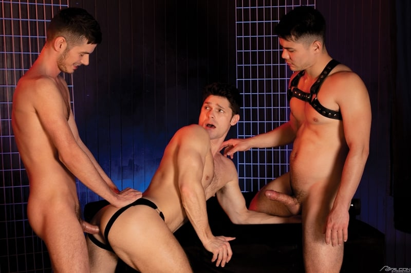 Devin-Franco-doubled-fucked-Colton-Reece-Christian-Finch-huge-muscle-cocks-FalconStudios-009-gay-porn-pictures-gallery