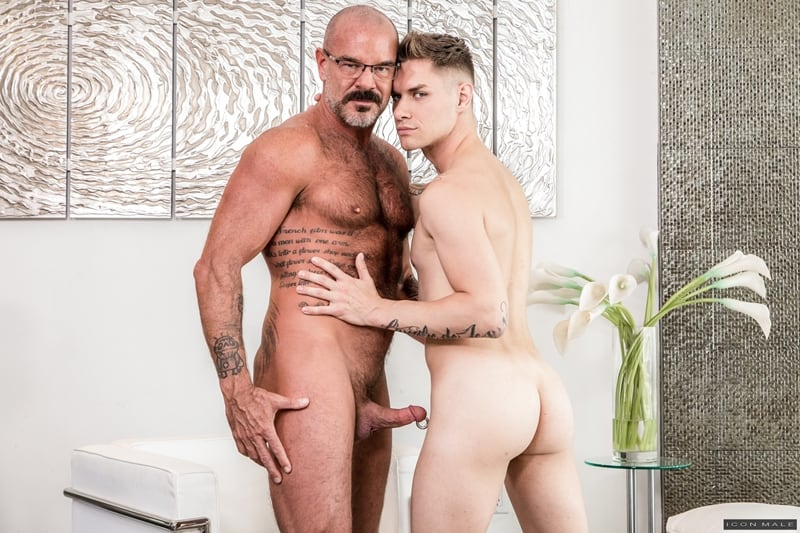 Big hairy daddy Jack Dyer fucks young dude Zak Bishop hot smooth bubble ass IconMale 001 Gay Porn Pics - Big hairy daddy Jack Dyer fucks young dude Zak Bishop's hot smooth bubble ass