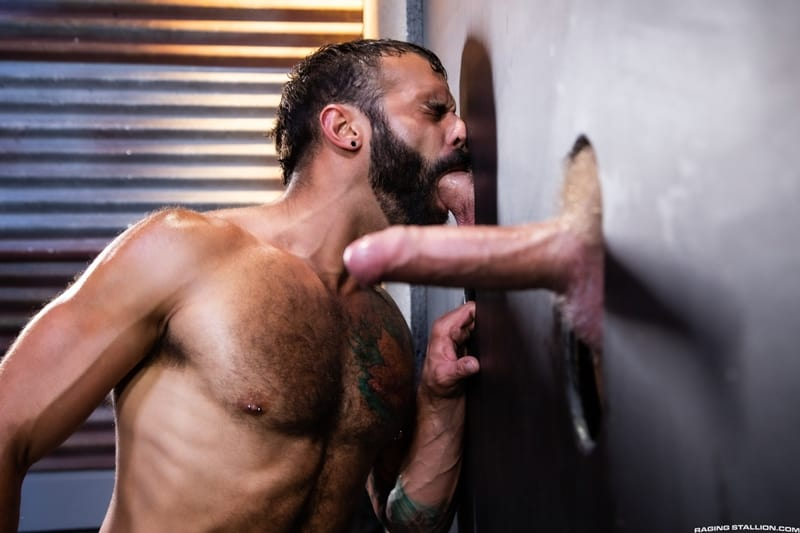Hardcore fuck train Logan Stevens Brian Bonds Drake Masters big dick fucking RagingStallion 001 Gay Porn Pics - Hardcore fuck-train Logan Stevens, Brian Bonds and Drake Masters big dick fucking