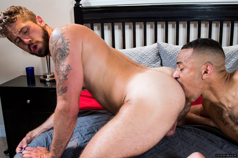 Wesley Woods huge cock fucks young black dude Zario Travezz hot bubble ass hole IconMale 002 Gay Porn Pics - Wesley Woods' huge cock fucks young black dude Zario Travezz's hot bubble ass hole