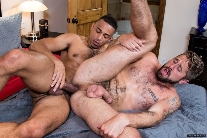 Wesley Woods huge cock fucks young black dude Zario Travezz hot bubble ass hole IconMale 015 Gay Porn Pics - Wesley Woods' huge cock fucks young black dude Zario Travezz's hot bubble ass hole