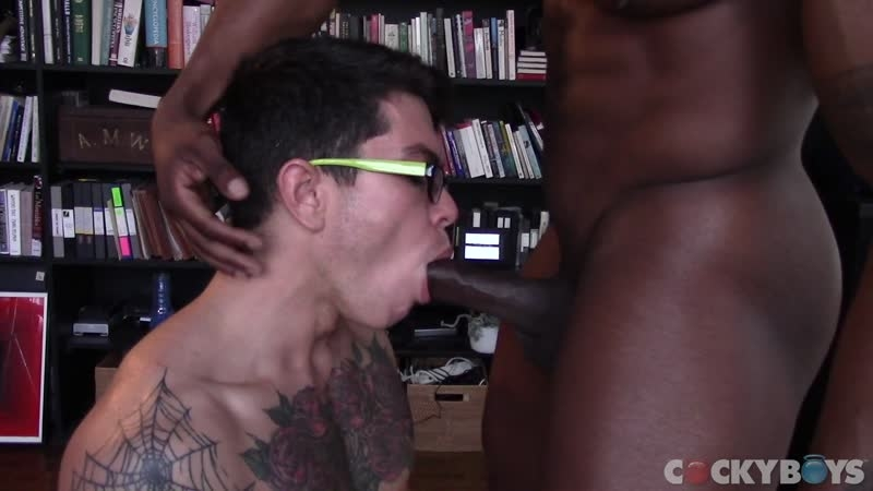 Hot black muscle stud Max Konnor giant cock fucking Clark Davis hot bubble butt 001 gay porn pics - Hot black muscle stud Max Konnor's giant cock fucking Clark Davis' hot bubble butt