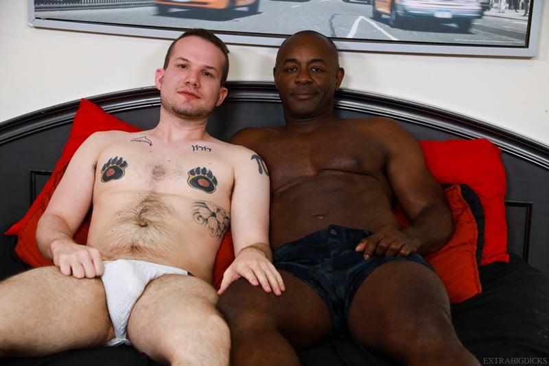 Black stud Aaron Trainer big cock fucks Devin Tyler white ass 006 gay porn pics - Black stud Aaron Trainer's big cock fucks Devin Tyler's white ass