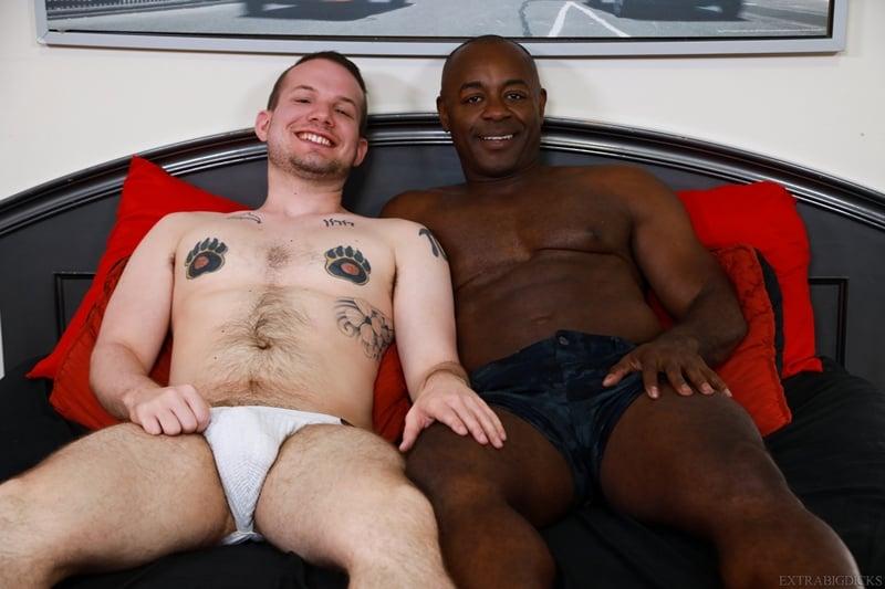 Black stud Aaron Trainer big cock fucks Devin Tyler white ass 007 gay porn pics - Black stud Aaron Trainer's big cock fucks Devin Tyler's white ass