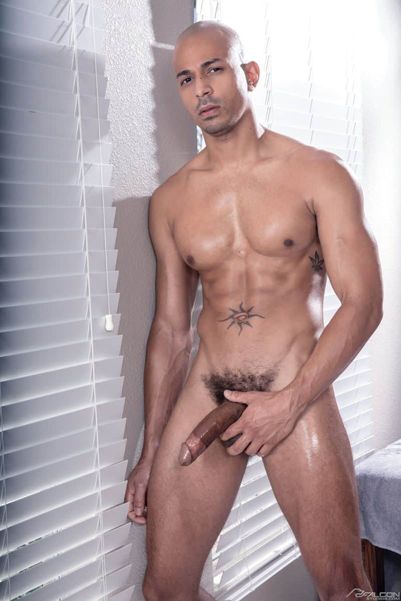 Hot muscle dude Devin Franco sexy ass bare fucked ebony hunk Zario Travezz huge raw dick 007 gay porn pics - Hot muscle dude Devin Franco's sexy ass bare fucked by ebony hunk Zario Travezz's huge raw dick