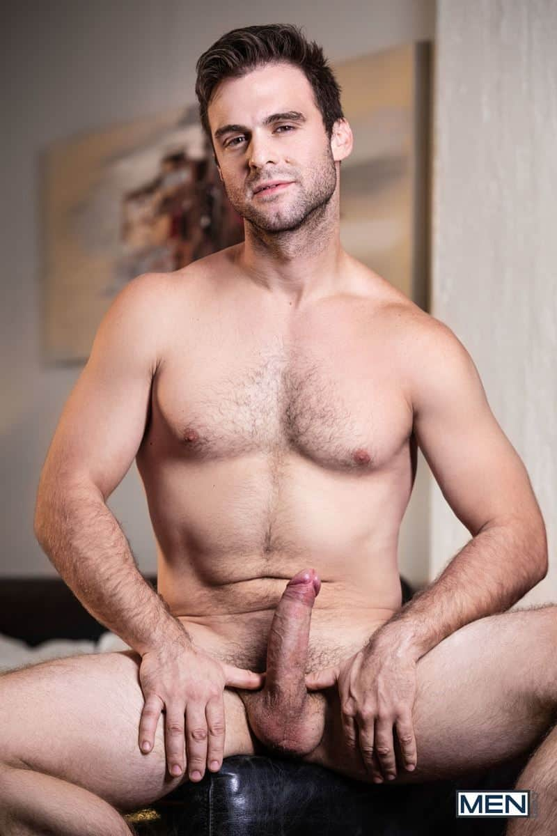 Young beareded hottie Thyle Knoxx sucks boyfriend Gabriel Clark huge dick zoom calls 009 gay porn pics - Young bearded hottie Thyle Knoxx sucks his boyfriend Gabriel Clark's huge dick while he zoom calls to his godmother